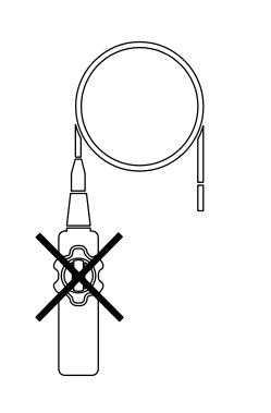 Đặc trưng và các tính năng khi máy nội soi công nghiệp rõ nét: Đầu dò camera có đường kính 5,8mm và dây cáp nửa cứng, 60 ° FOV, đầu dò macro (1m) HDV620 VideoScope với màn hình LCD màu 5.7''inch TFT với độ phân giải VGA 640 x 480 pixel độ nét cao cho ta hình ảnh sống động, video sắc nét Đầu dò camera nhỏ gọn, chống nước có độ phân giải cao Đầu máy ảnh với bốn đèn LED sáng tích hợp với bộ điều chỉnh độ sáng để chiếu sáng đối tượng được quan sát Trường nhìn cận cảnh không bị lóa Thẻ nhớ SD đi kèm để lưu trữ hơn 15.000 hình ảnh Quay video (lên đến 4 giờ) với chú thích bằng giọng nói Đầu ra AV để xem hình ảnh và video trực tiếp trên màn hình Video và hình ảnh có thể được chuyển sang PC thông qua đầu ra thẻ SD hoặc USB Bộ phát không dây tùy chọn cho phép bạn truyền video lên đến 100ft (30m) từ điểm đo đến màn hình của bạn Bao gồm kính video HDV600, đầu dò máy ảnh, thẻ SD, pin Li-Polymer 3.7V có thể sạc lại, cáp vá, bộ chuyển đổi AC 100 / 240V, cáp USB và AV và hộp đựng Lưu ý: Đối với đầu dò khớp, không vận hành xoay các khớp với đầu dò trong một cấu hình cuộn. Điều này sẽ làm hỏng các điều khiển khớp! Đặc tính có sẵn trên máy nội soi công nghiệp rõ nét: Đơn vị hiển thị không thấm nước Ngoài có thể kháng nước, thiết bị có thể kháng dầu, hóa chất,... Chống rơi ở độ cao đến 2 mét (6.5'' ft) Thiết kế cơ thái học, có thể điều chỉnh được Điều khiển tay trái / phải: cho mọi người có thể sử dụng thuận tiện hơn Vỏ được thiết kế chắc chắn, hiện đại. Màu sắc bắt mắt, nam tính.